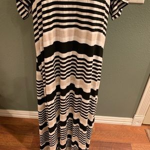 relaxx Dresses - really cute and comfy maxi dress ~